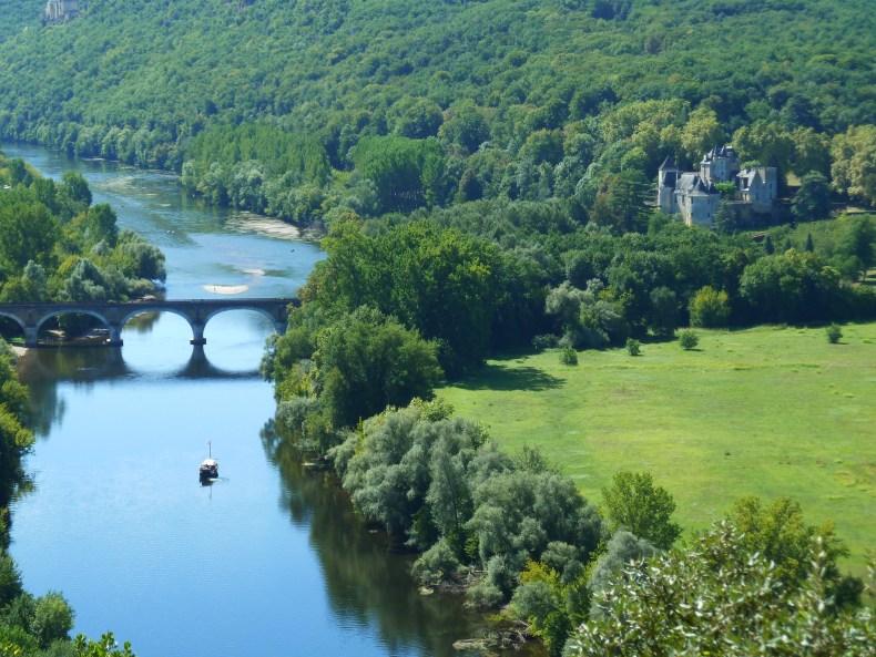 Point de vue depuis la ville haute de Beynac