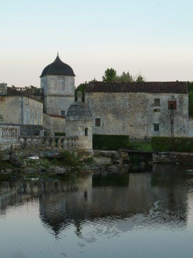 Chateau de la roche courbon charente maritime