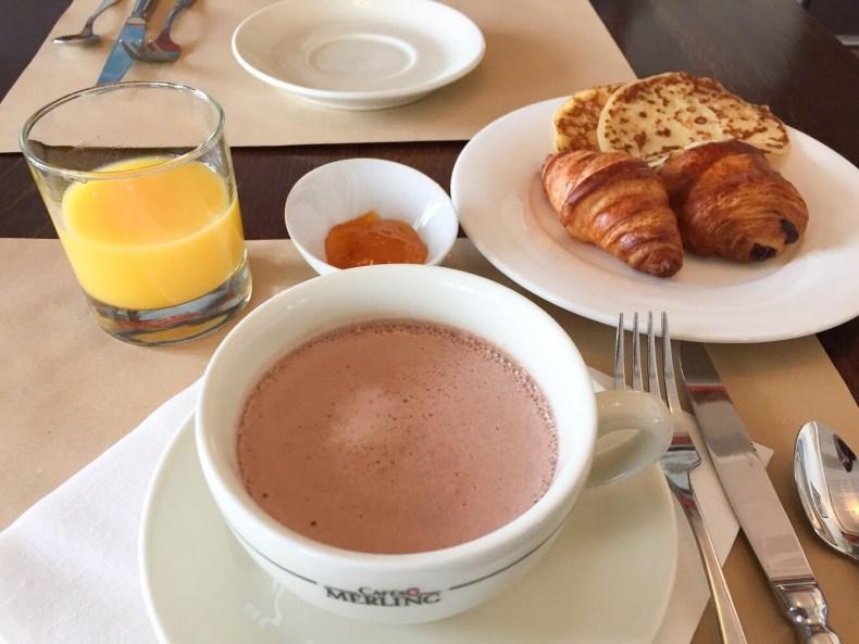 Petit déjeuner Hotel Les Flots Chatelaillon
