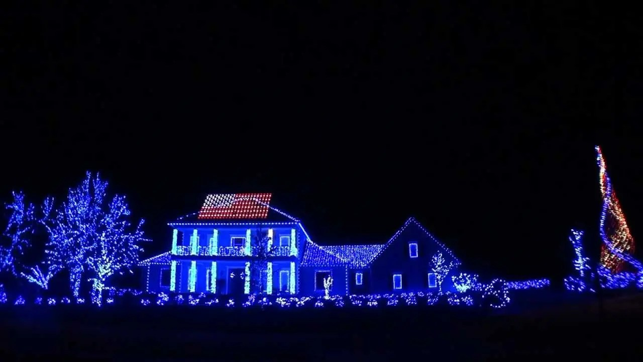 Spending the Holidays Three Houses Down from America's Christmas Lights Display Winner – #sonyholiday