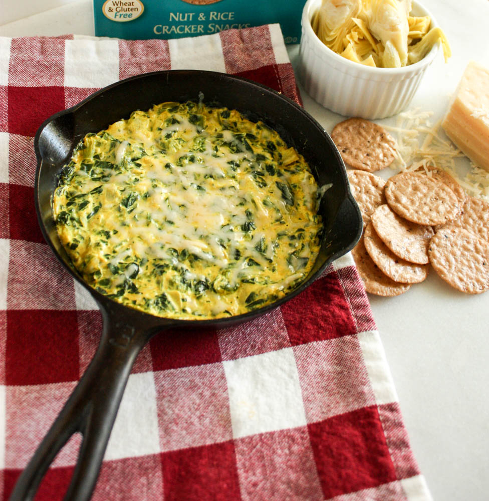 Spinach Dip With Turmeric and Artichoke