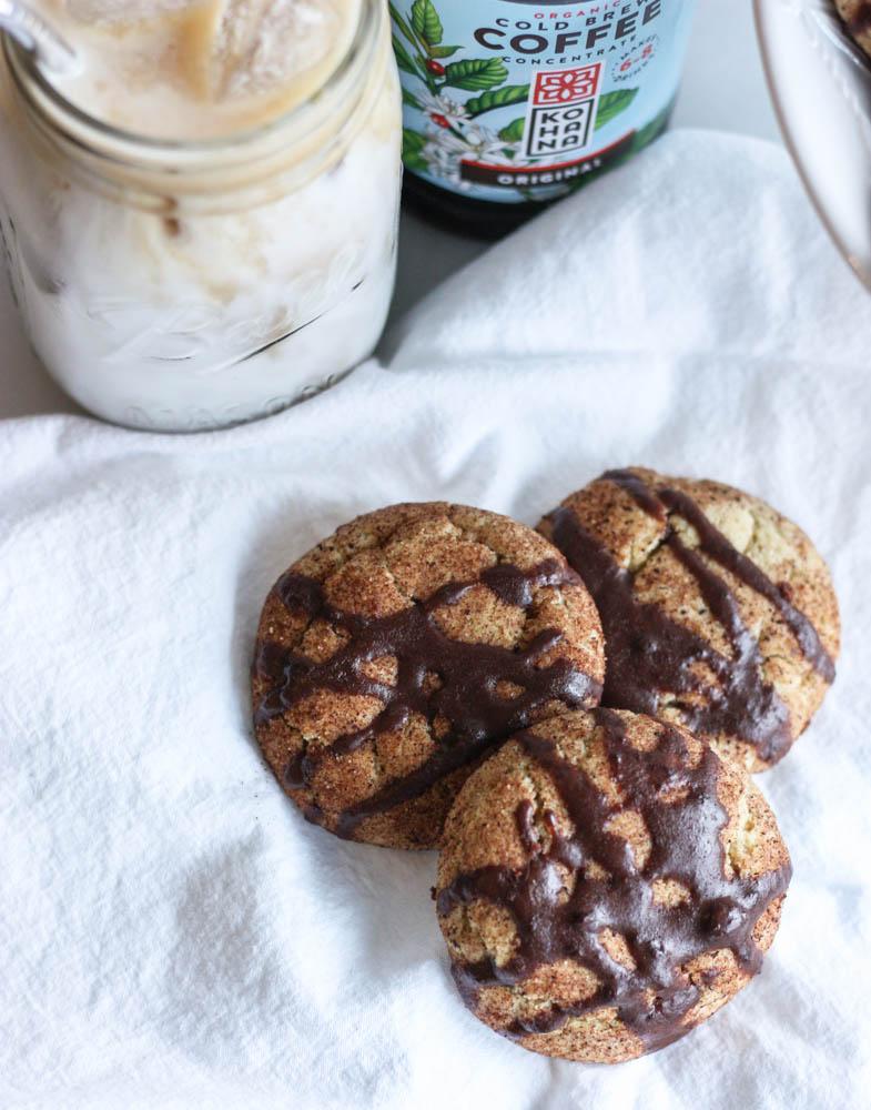 Mocha cookies with cinnamon