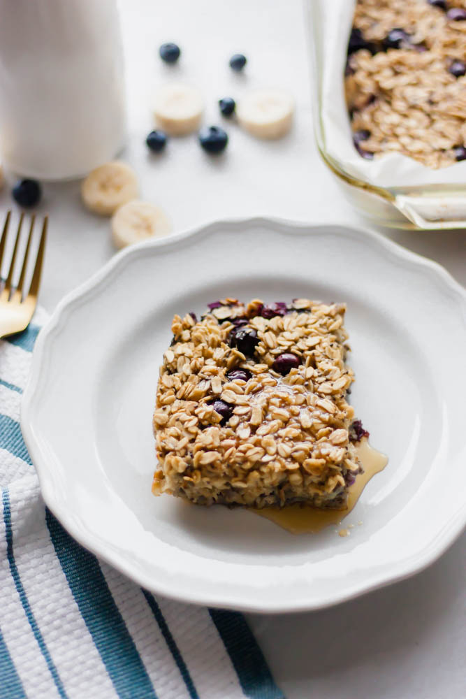 Banana Blueberry Baked Breakfast Oatmeal