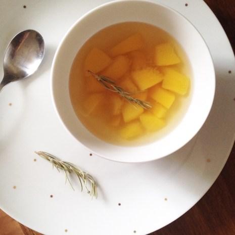 soupe de pêche au romarin (1)