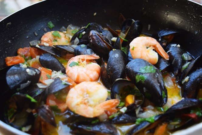 Cook Shrimp in Mussel Shrimp Buzara