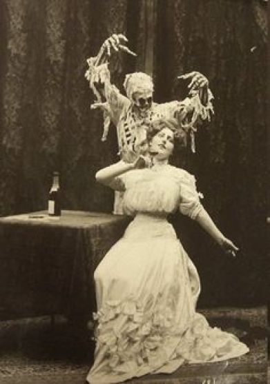 lady & the death