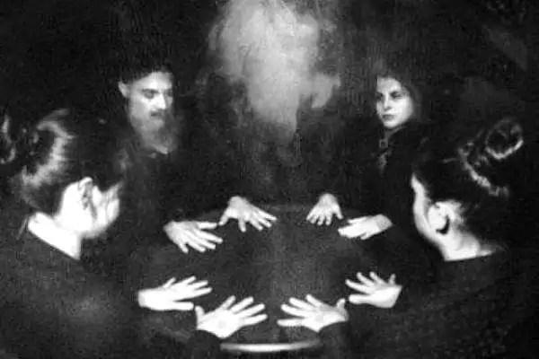 medium vittoriani spirtismo spiritualismo miss darcy