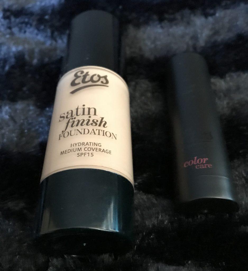 Review | Etos foundation en lipstick