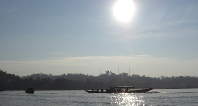 Crossing the Mekong to Laos