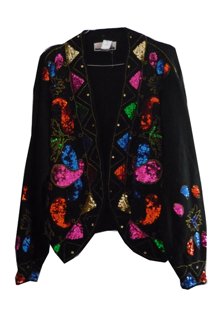 Mon coup de cœur :  veste noire brodée en sequins colorés 10€