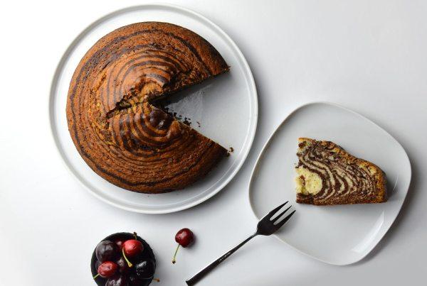 Pastel marmolado tipo zebra cake