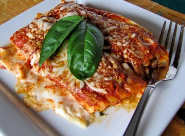 Chicken Manicotti With White Amp Red Sauce