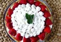 Summer Strawberry & Peach Pie