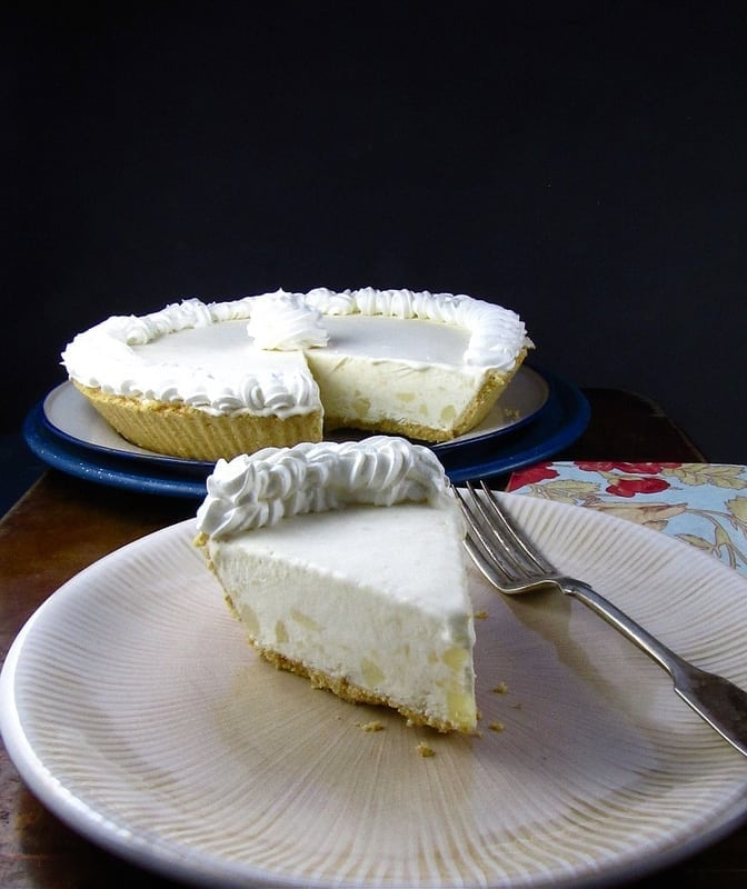 Frozen Pineapple Cream Pie - Miss in the KItchen