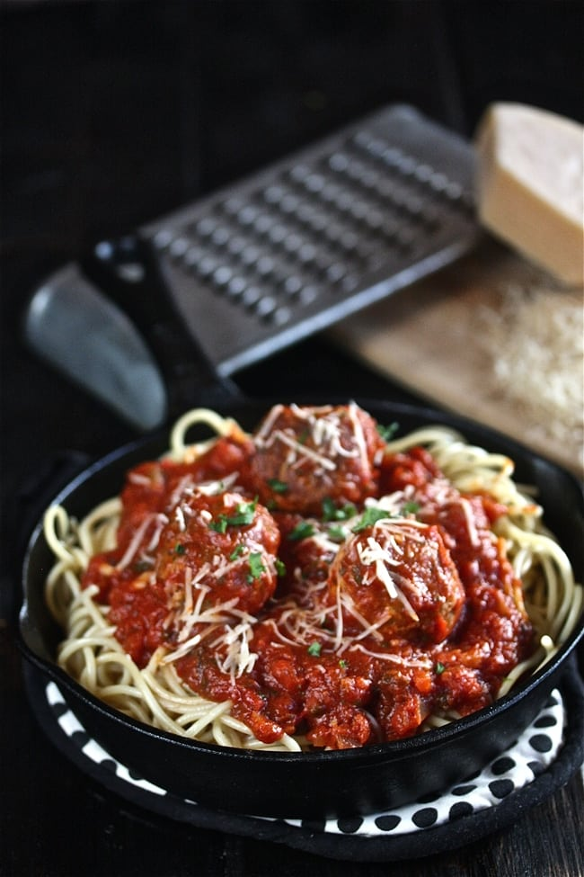 The-Best-Spaghetti-and-Meatballs-The-Hopeless-Housewife