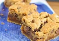 Peanut Butter, Caramel & Chocolate Chip Gooey Cookie Bars