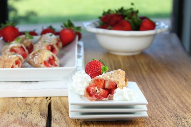 Strawberry Shortcake Egg Rolls from Miss in the Kitchen