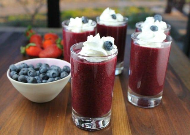 #ProgressiveEats Berry Soup Dessert Shooters from missinthekitchen.com