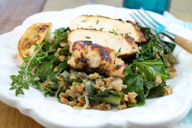 Lemon Grilled Chicken Recipe with Farro and Wilted Greens from Miss in the Kitchen #HealthyEyes