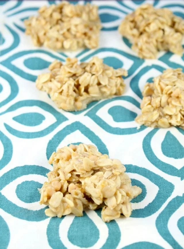 White Chocolate No Bake Cookies Recipe from Miss in the Kitchen