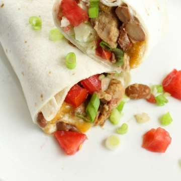 5 Ingredient Mexican Chicken Burritos Slow Cooker Recipe ~ missinthekitchen