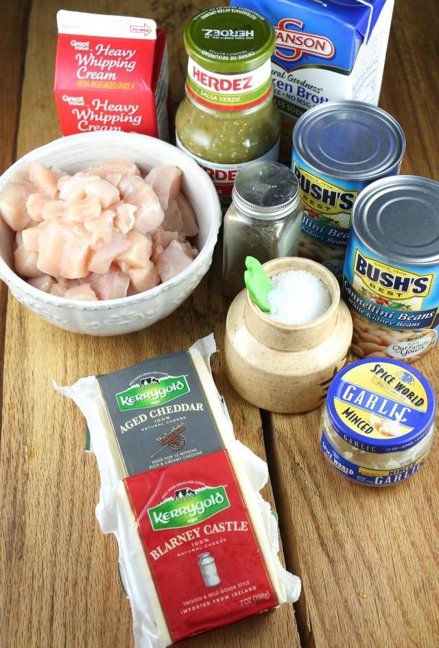 Cheesy Chicken Chili Ingredients from missinthekitchen.com