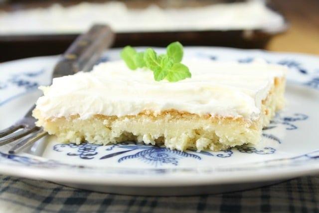 Pineapple Sheet Cake Recipe from missinthekitchen.com