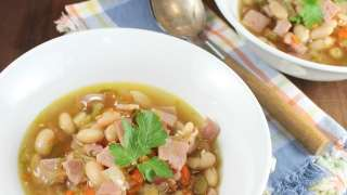 One Hour Ham and White Bean Soup