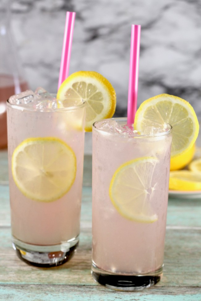 This Sarasota Lemonade Recipe is the perfect party cocktail! It's a super simple, 3- ingredient recipe that can be made ahead of time.