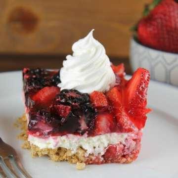 Triple Berry Pretzel Dessert Recipe for #ProgressiveEats from MissintheKitchen