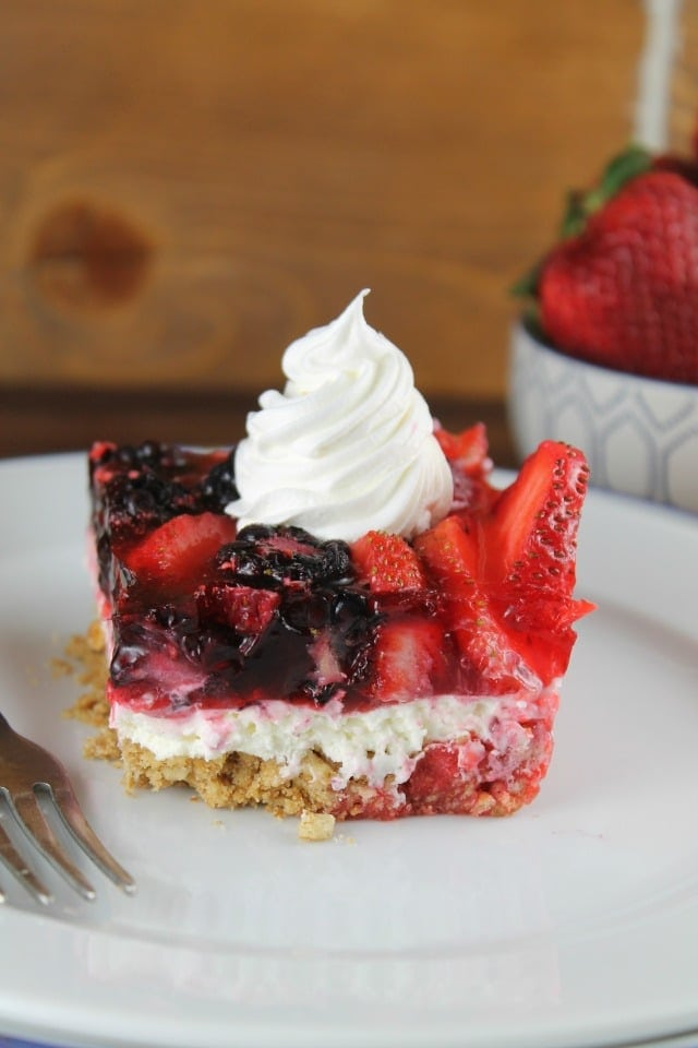 Triple Berry Pretzel Dessert Recipe for #ProgressiveEats from MissintheKitchen