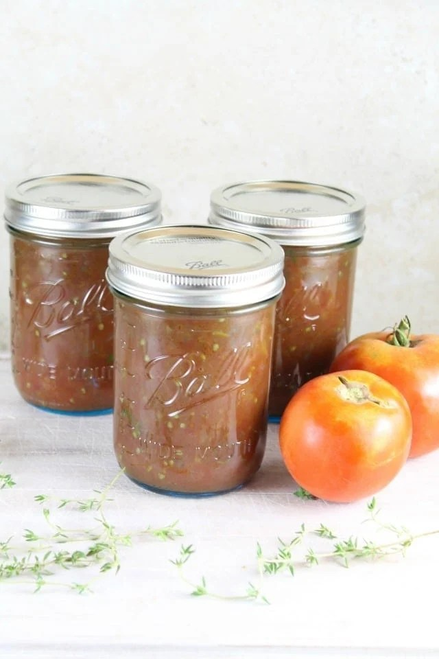 Roasted Tomato and Onion Sauce Recipe from MissintheKitchen.com #CanitForward