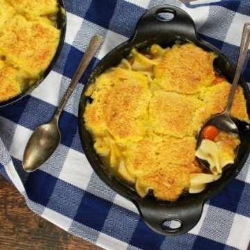 Cheesy Cornbread Chicken Noodle Pot Pie ~ MissintheKitchen.com #ad