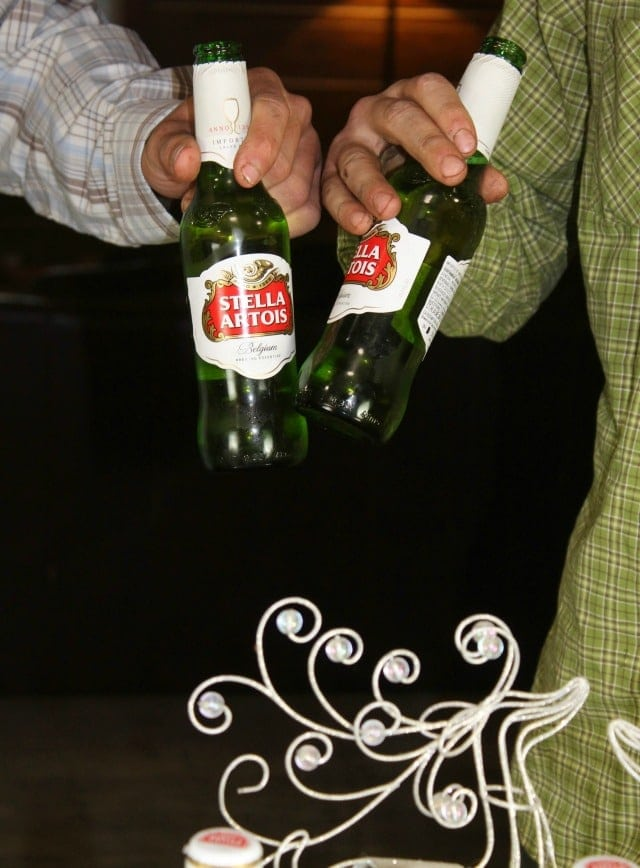 Cheers! No Fuss Holiday Cocktail Party ~ MissintheKitchen.com #ad