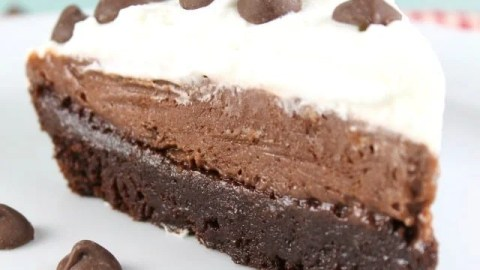 Brownie Pudding Pie Recipe ~ Delicious Chocolate Dessert From MissintheKitchen.com