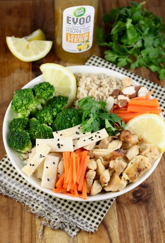 Quick Lemon Chicken Broccoli Bowls Recipe from Miss in the Kitchen with Tyson & Wish-Bone #ad
