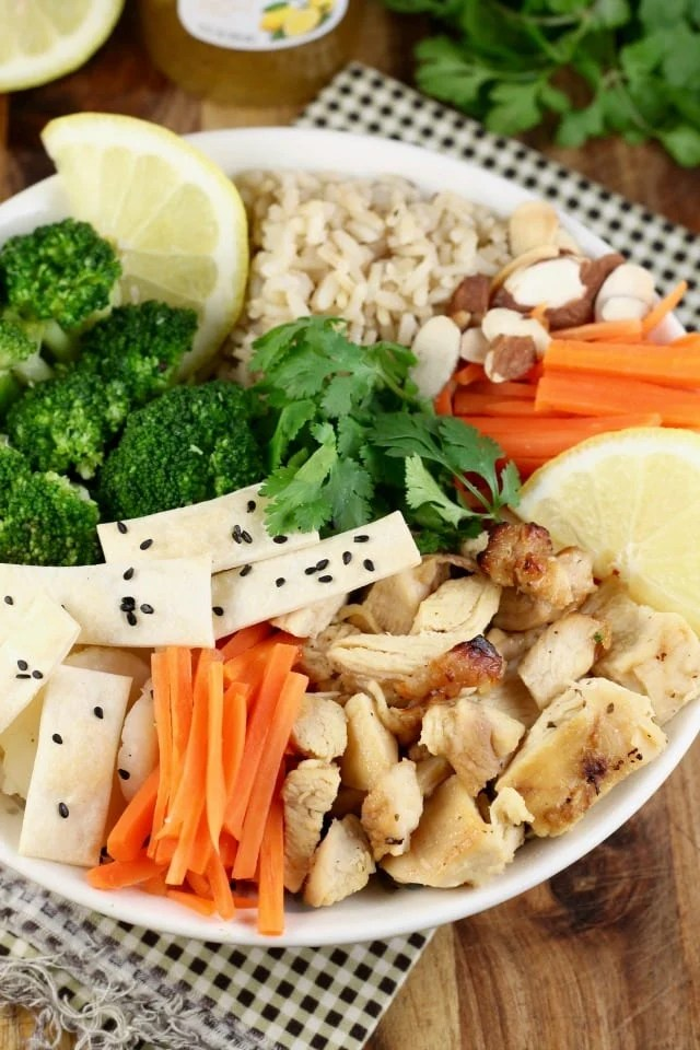 Easy weeknight dinner: Quick Lemon Chicken Broccoli Bowls Recipe from Miss in the Kitchen with Tyson & Wish-Bone #ad