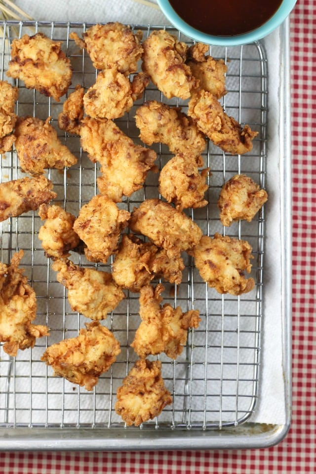 Easy Popcorn Chicken Recipe ~ great snack or weeknight dinner from MissintheKitchen.com