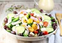 Greek Salad ~ MissintheKitchen.com