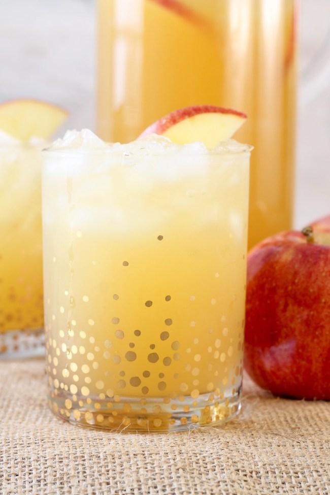 Easy Fall Party Punch