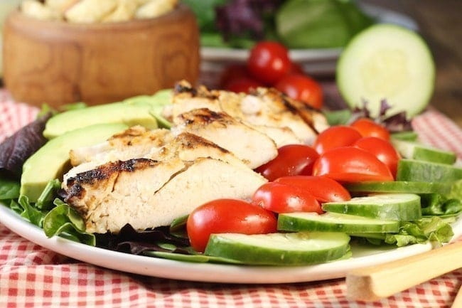 Grilled-Chicken-Salad-on-plate-red-gingham-napkin