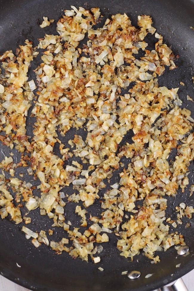 Caramelized Onions for Vidalia Onion Spread