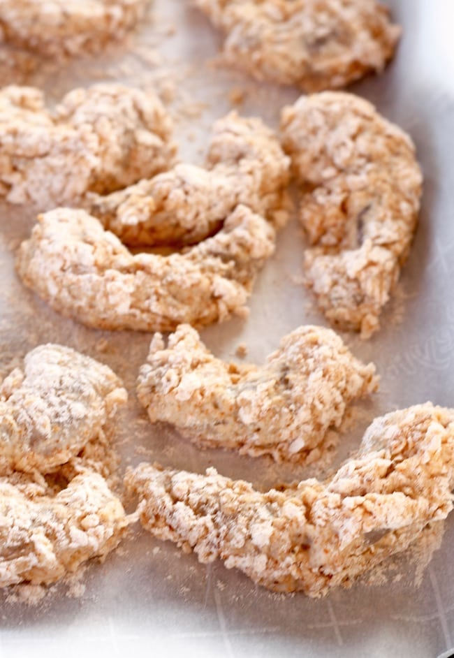 Buttermilk & Flour batter coated shrimp for crispy fried shrimp
