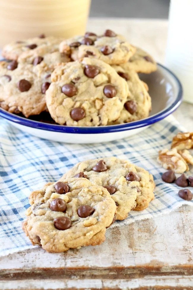 Easy Chocolate Chip Walnut Cookies with milk chocolate chips and crunchy walnuts