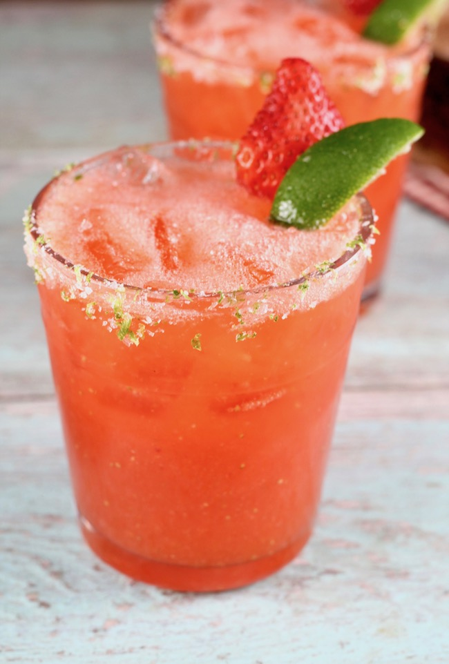 How to make Strawberry Margarita with fresh strawberries, lime and tequila