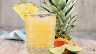 Pineapple Paloma