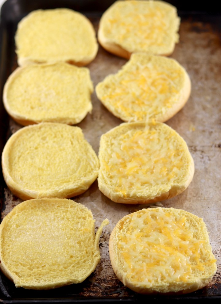 toasted cheesy buns