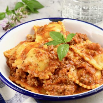 Dish of ravioli with meat sauceRavioli Sauce is a quick and easy one pot meal made with ground beef, tomato sauce and frozen or refrigerated ravioli. A great weeknight dinner for busy families.