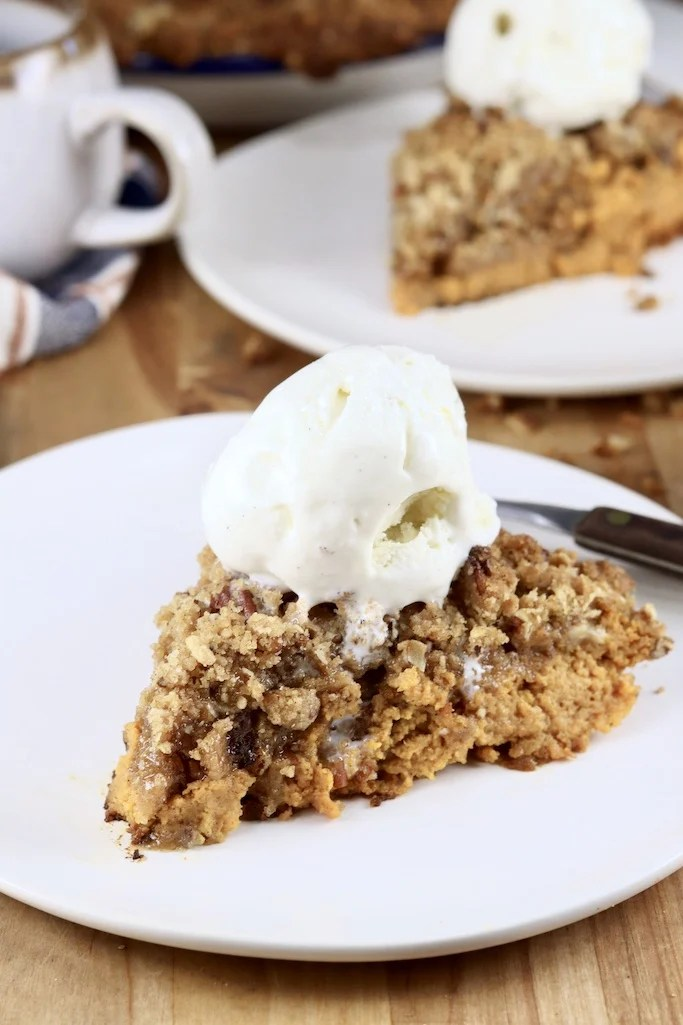 Pumpkin Pecan Crisp slice with vanilla ice cream