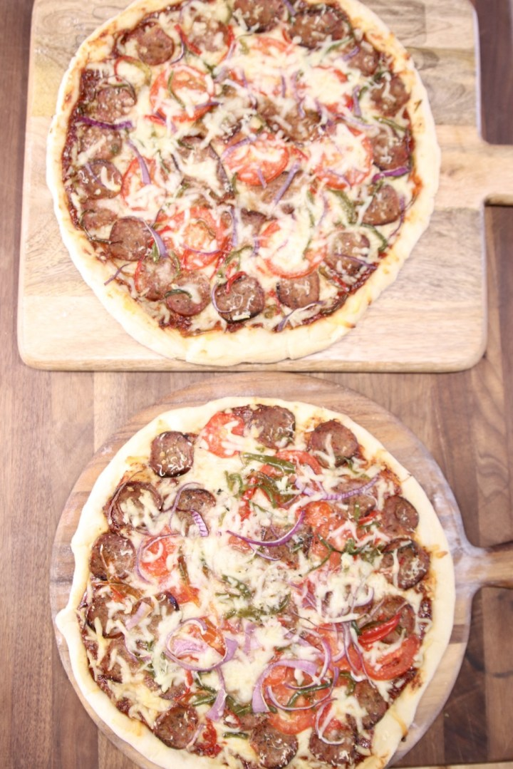 2 grilled supreme pizzas